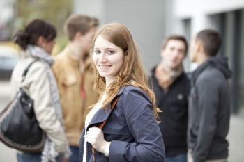 Studentin der Hochschule Fresenius