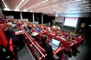 Studenten der Vrije Universiteit Amsterdam im Hörsaal